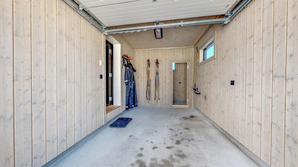 Fjellbyggeveien-19-Garasje