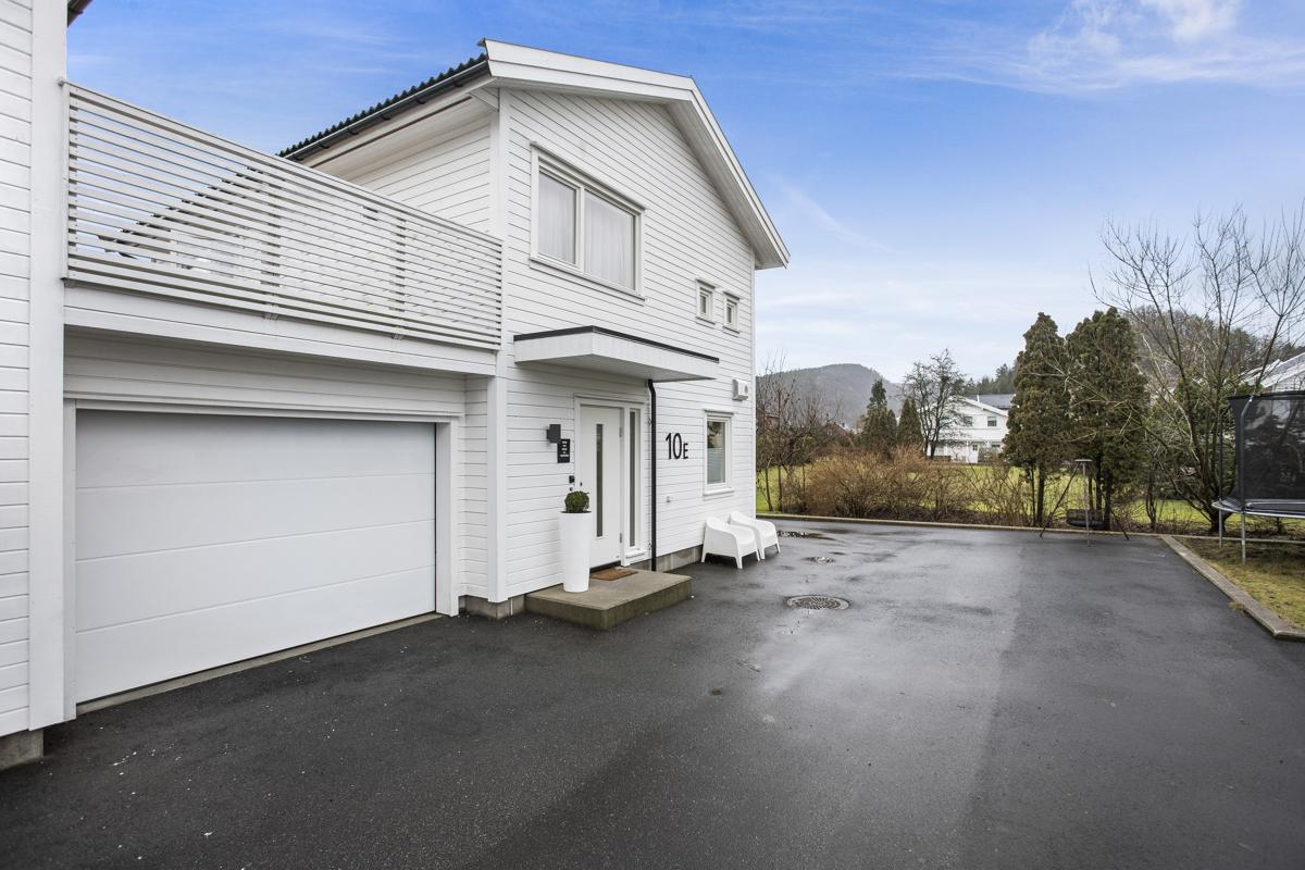 Garasje i tilknyttning til boligen