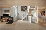Boligen byr også på lagringsplass utenom det vanlige med boder i alle etasjer, teknisk rom i underetasjen og en utvendig bod.