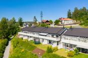 Rekkehus med attraktiv beliggenhet på Vinterbro på et lukket boligfelt som egner seg godt for barnefamilier.