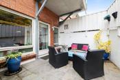 Hyggelig terrasse utenfor stuen