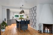 Sentralt fint plassert kjøkkenøy