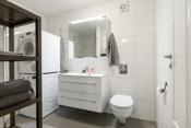 Moderne flislagt bad