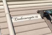Lindesnesgate-25-skilt