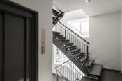 Trappegang og heis