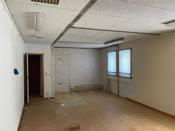 Dette rommet har tidlgiere vært inndelt i fire soverom med vask på alle rommene.