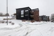 Fasade - Gangavstand til Gressvik sentrum.