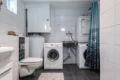 Bad med opplegg for vaskemaskin i 1. etg.
