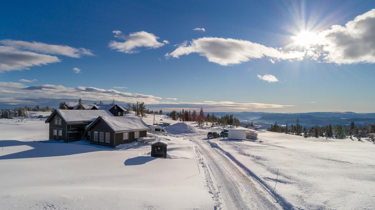 Lifjellstua - et koselig samlingsted med mulighet for noe å spise.