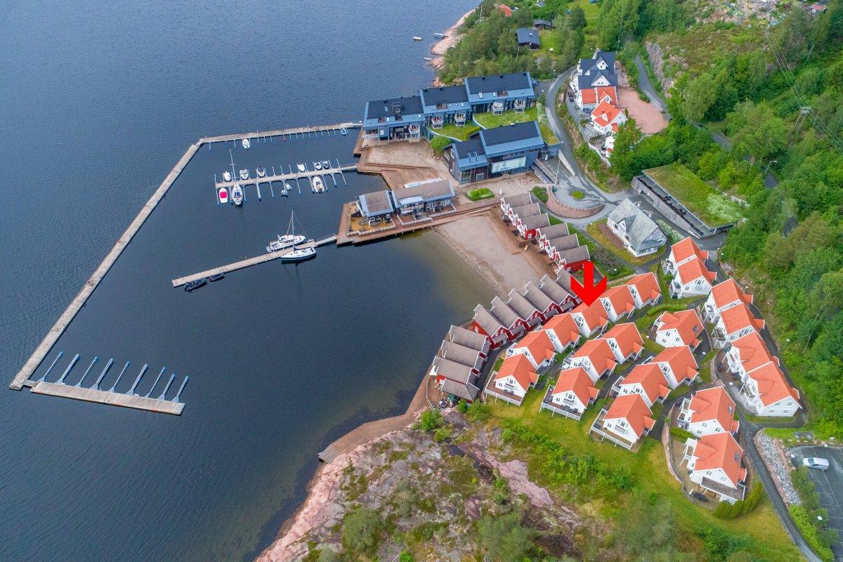 Eiendomsmegler Thomas Hjorth Olsen ønsker velkommen til Holtnes brygge