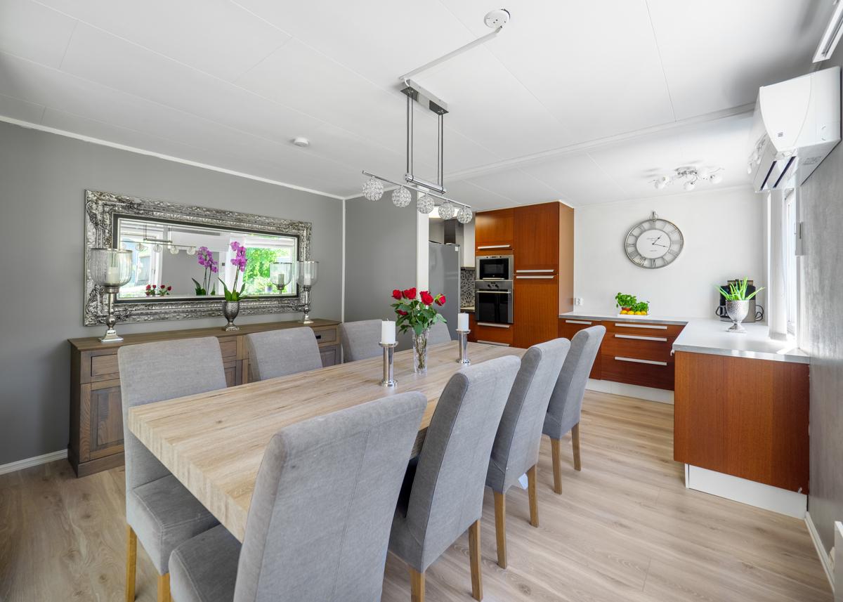 Mulighet for stort spisebord - Perfekt for hyggelige middager med familie og venner