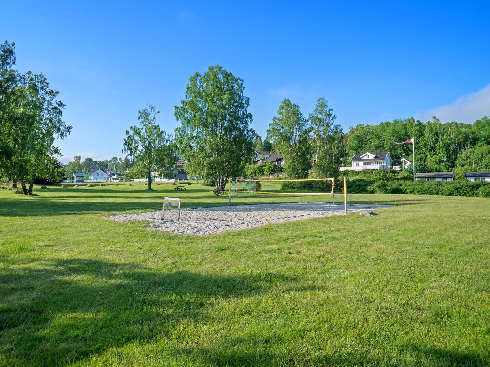 På Rødtangen finnes mange flotte områder for rekreasjon, spill og lek