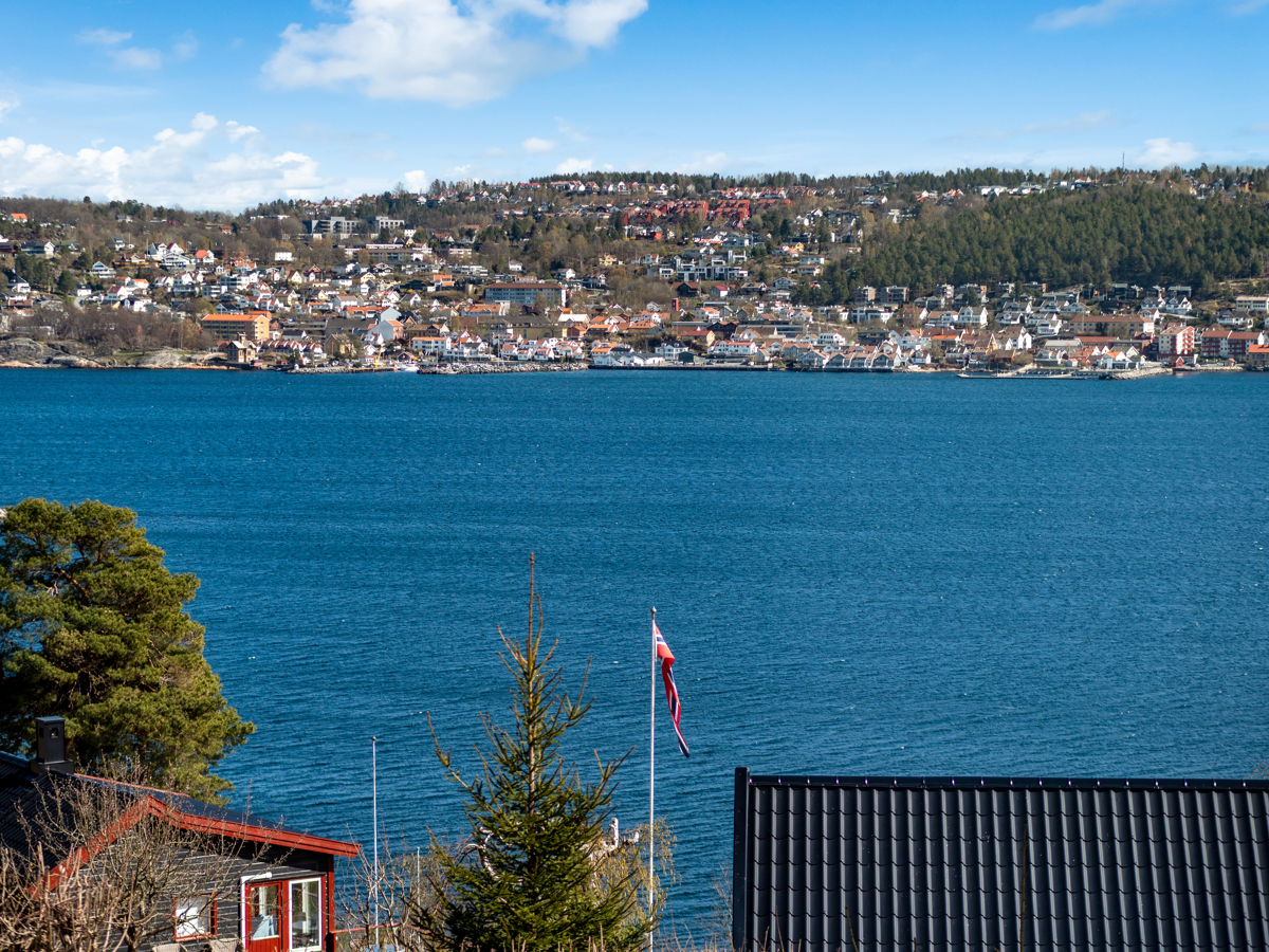 Fra terrassen ser du over mot Drøbak