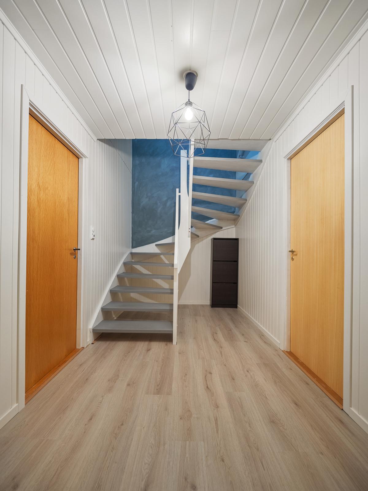 Trappegang kjeller.