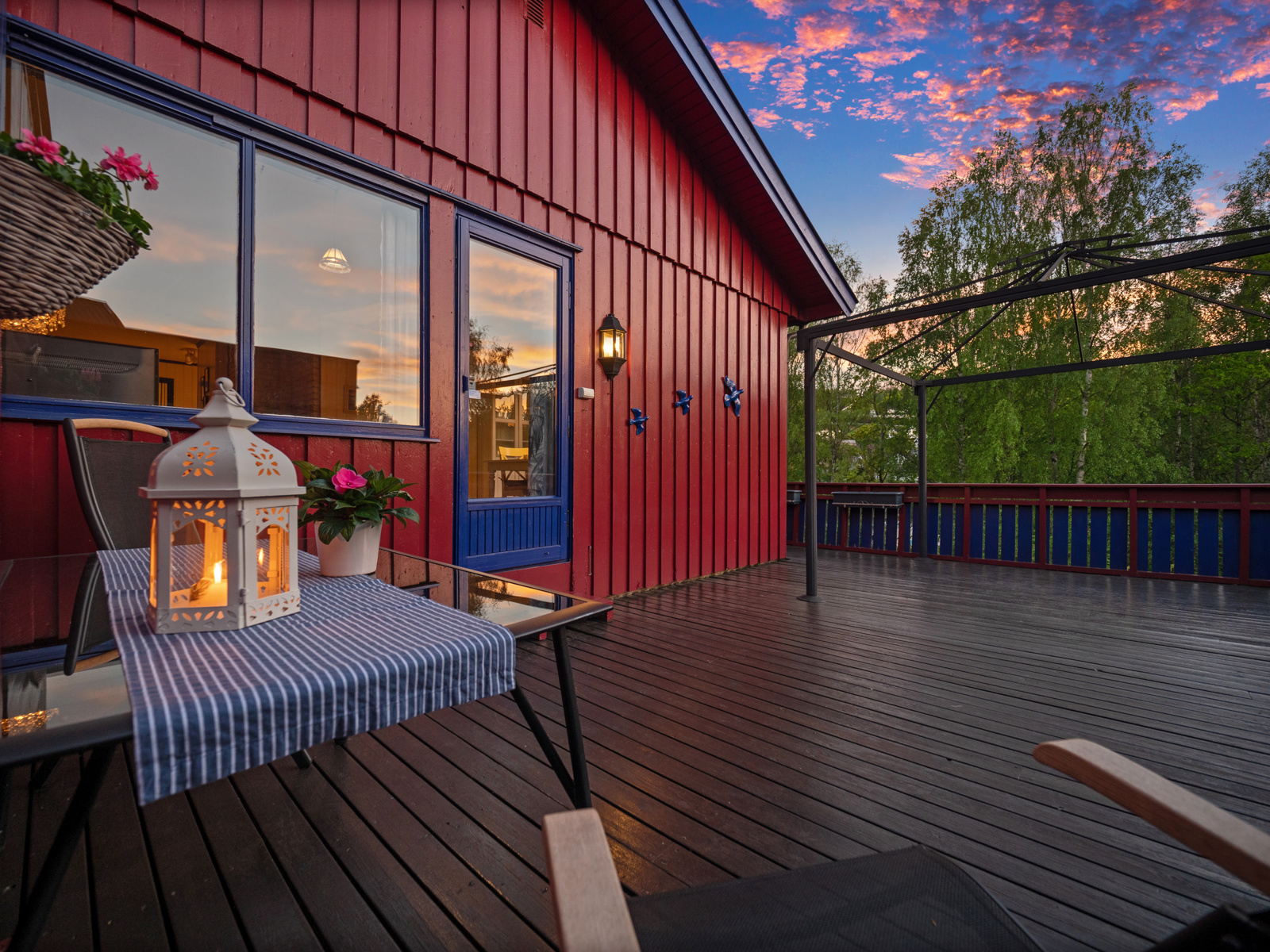 Terrasse kveld.