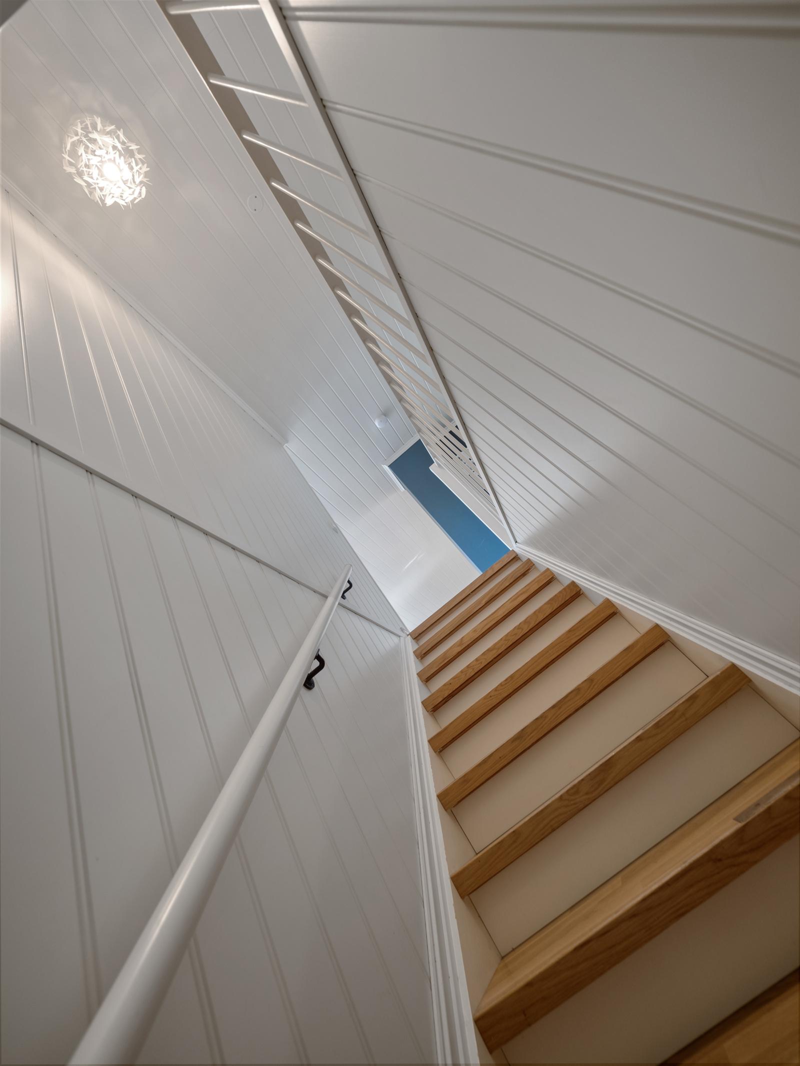 Trappeløp melllom underetasje og 1. etasje