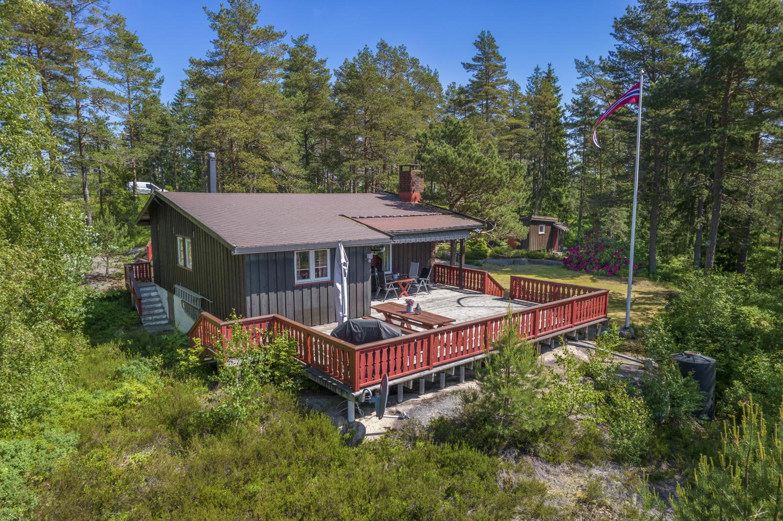Velkommen til Kølåsen 32 - Fritidseiendom med fjordutsikt og gode solforhold