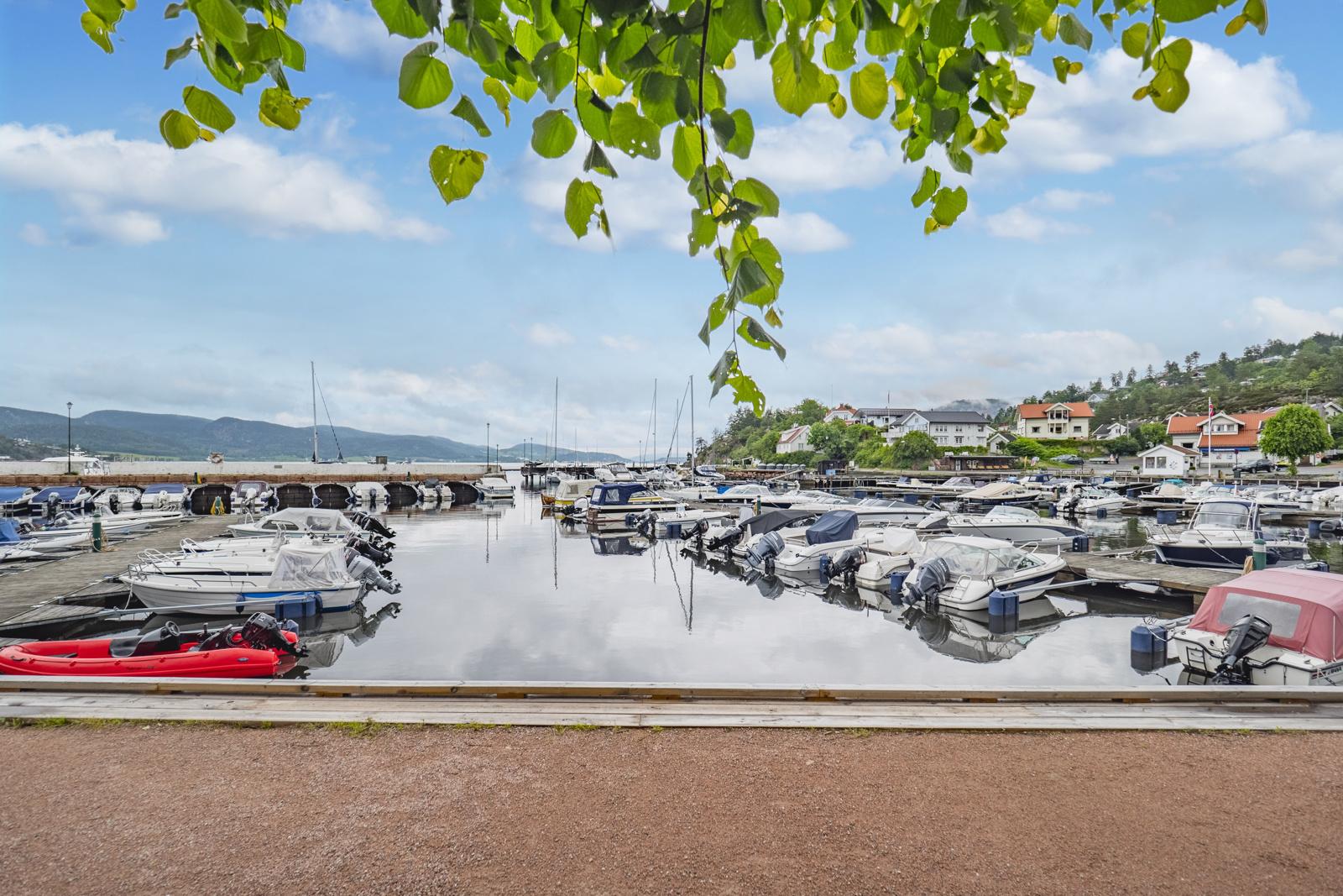 Holmsbu båthavn med mulighet for båtplass - Venteliste må påberegnes