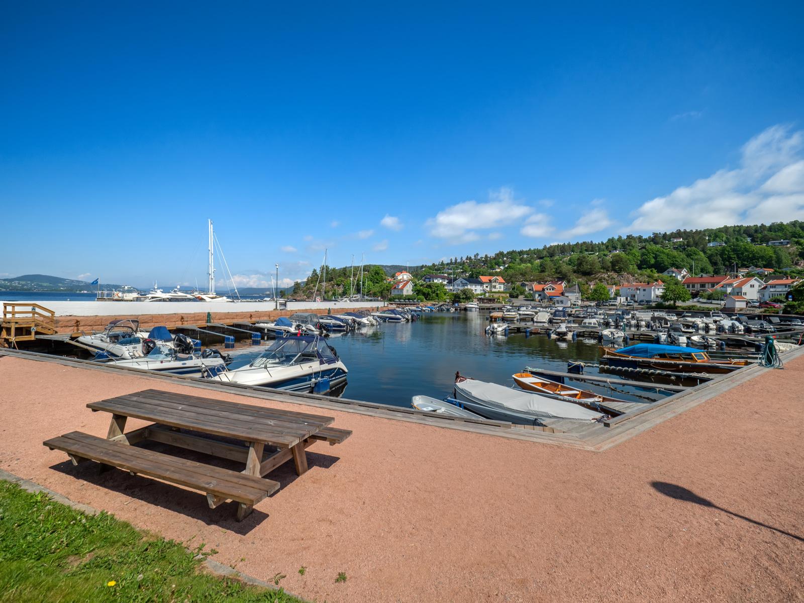 Holmsbu havn med mulighet for båtplass etter venteliste