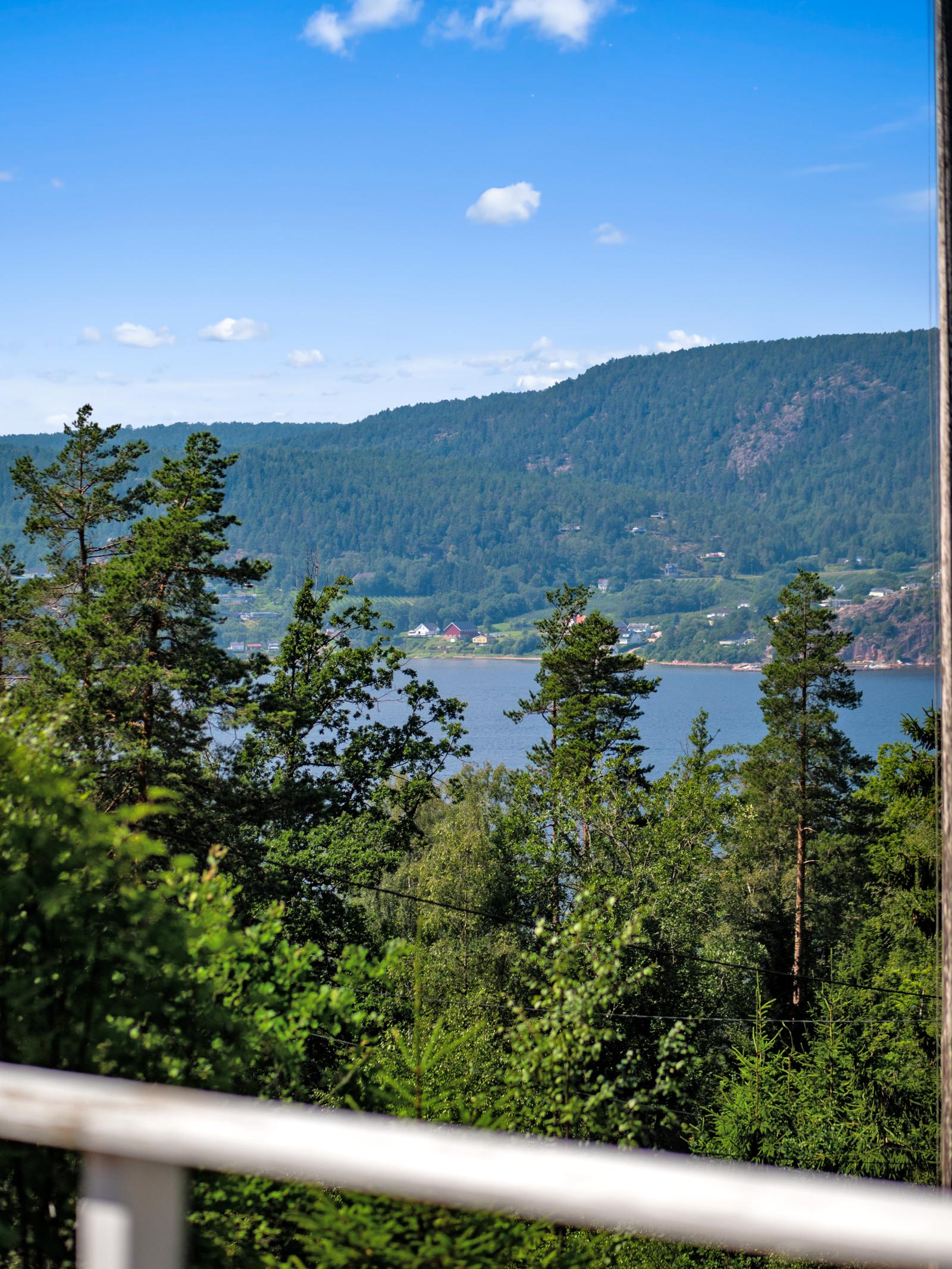 Utsikt fra terrassen mot Drammensfjorden