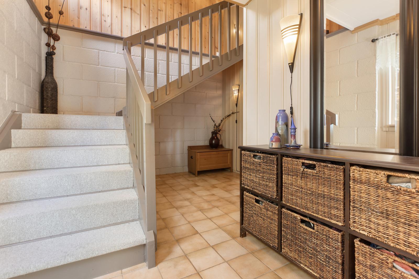 Gang med trapp mellom etasjene