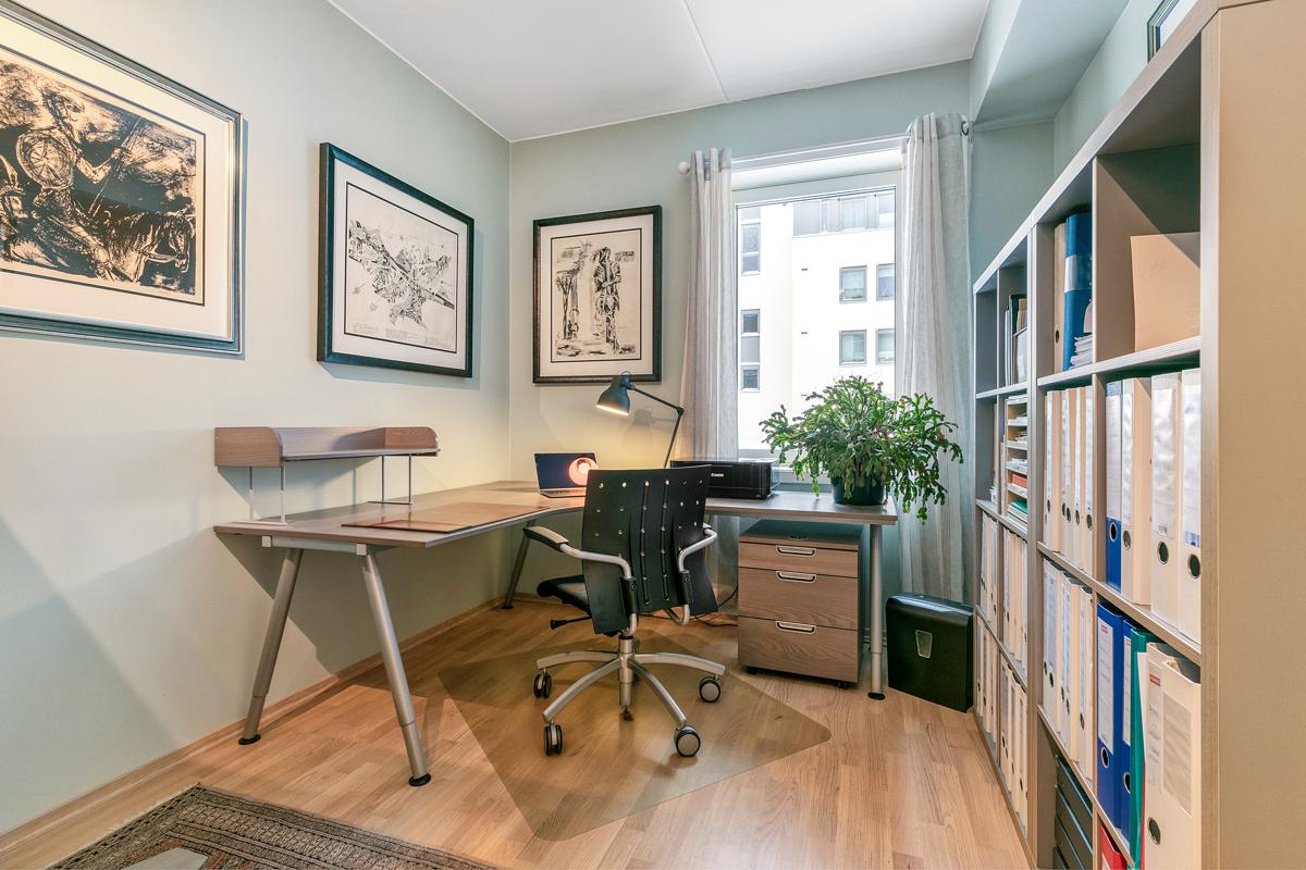 Soverom som i dag brukes til kontor