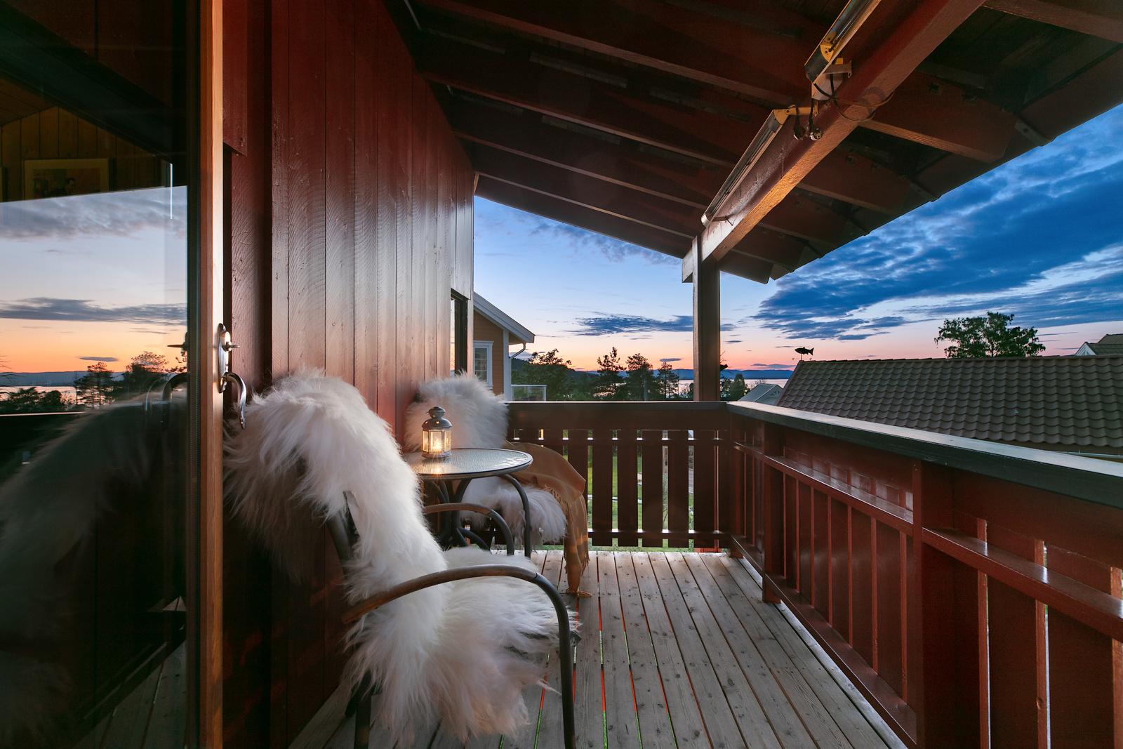 Kveldsstemning fra balkong