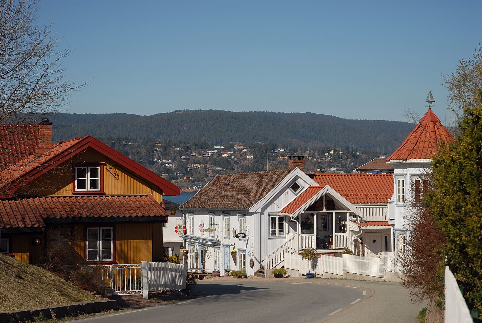 Holmsbu