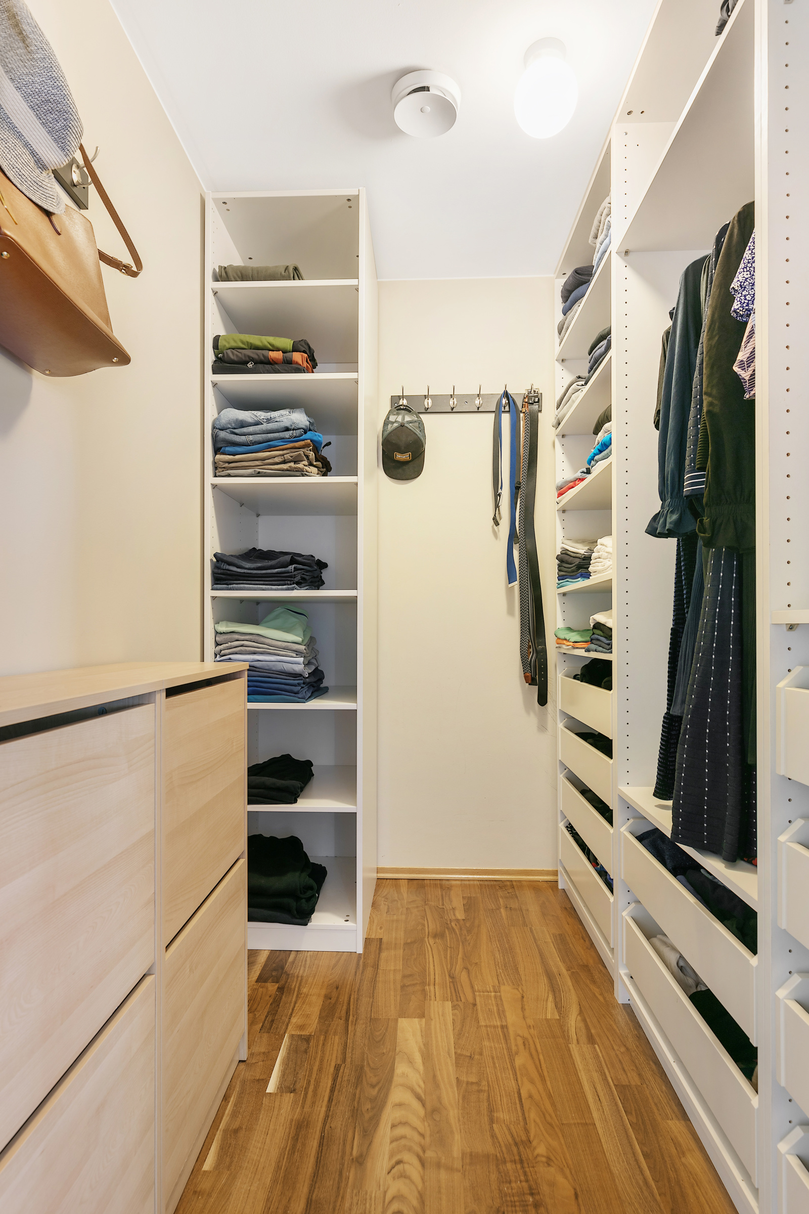 Walk inn garderobe