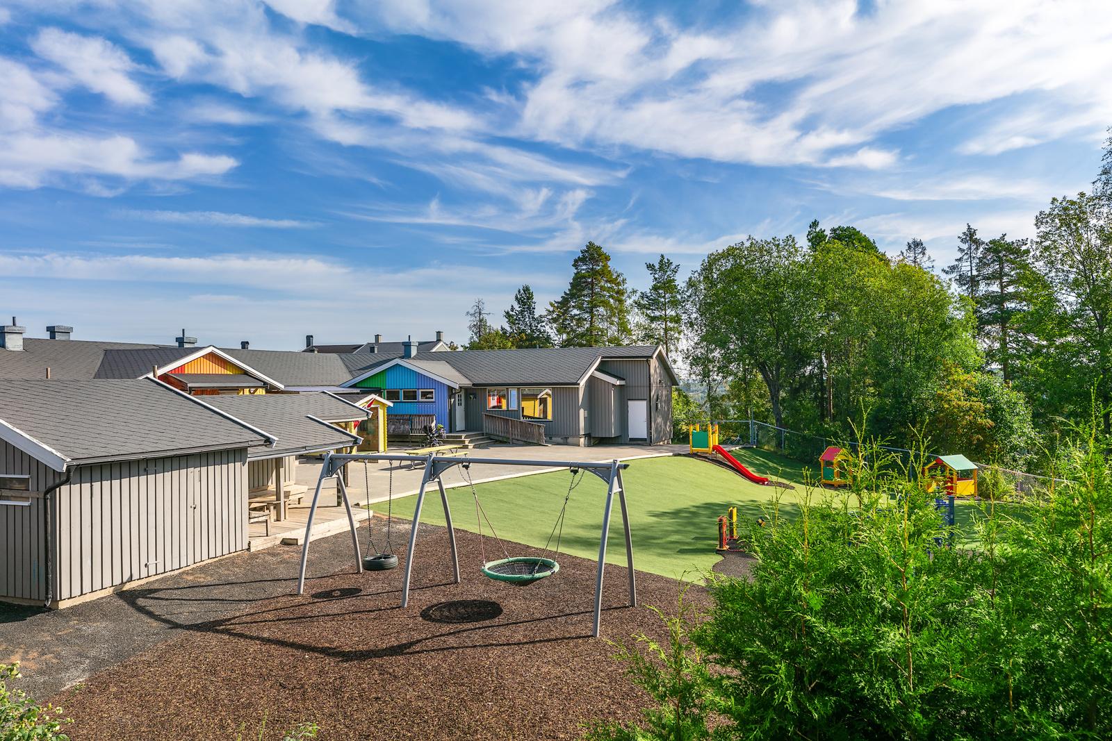 Sydskogen barnehage ligger som nærmeste nabo
