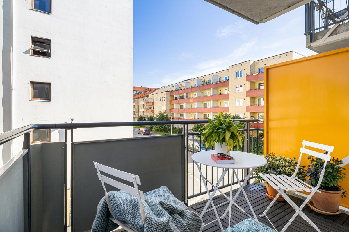 Velkommen til en lys og hyggelig 1-roms leilighet beliggende i Amtmann Meinichs gate 17.