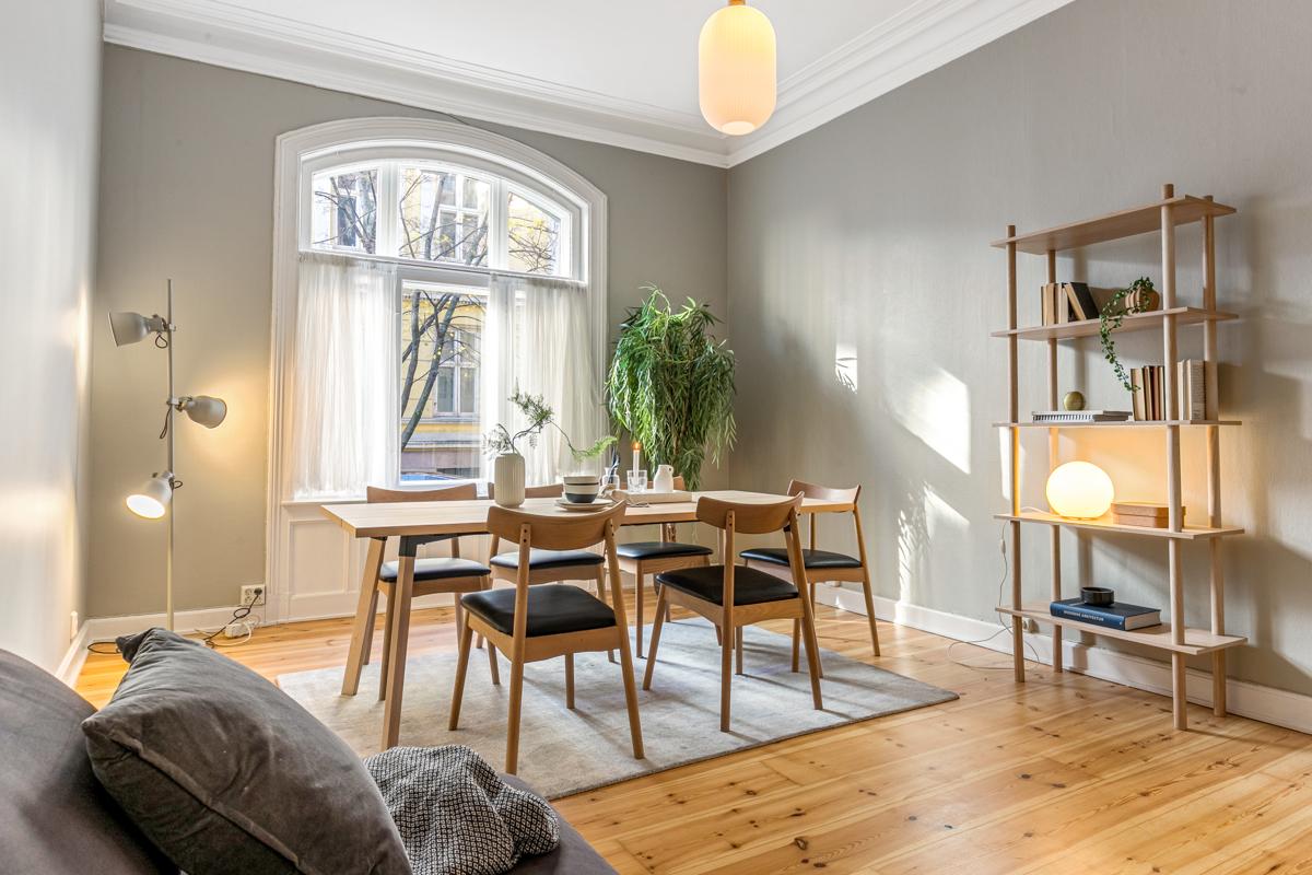 Thor Wæraas (483 65 757) ved Schala & Partners har gleden av å presentere denne leiligheten i Huitfeldts gate 8 B!