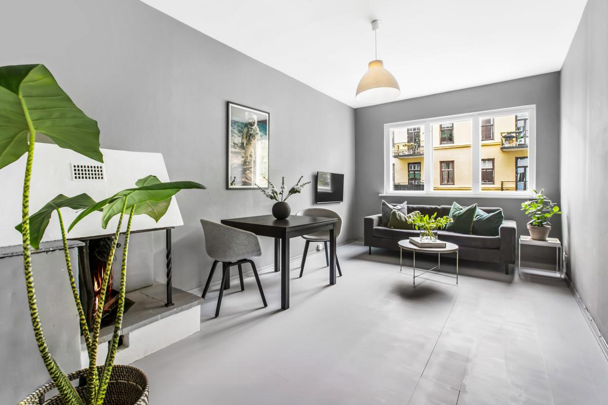 Christopher Morgenstierne (tlf 934 24 285) har gleden av å presentere denne fine leiligheten i Johannes Bruns gate 12E!