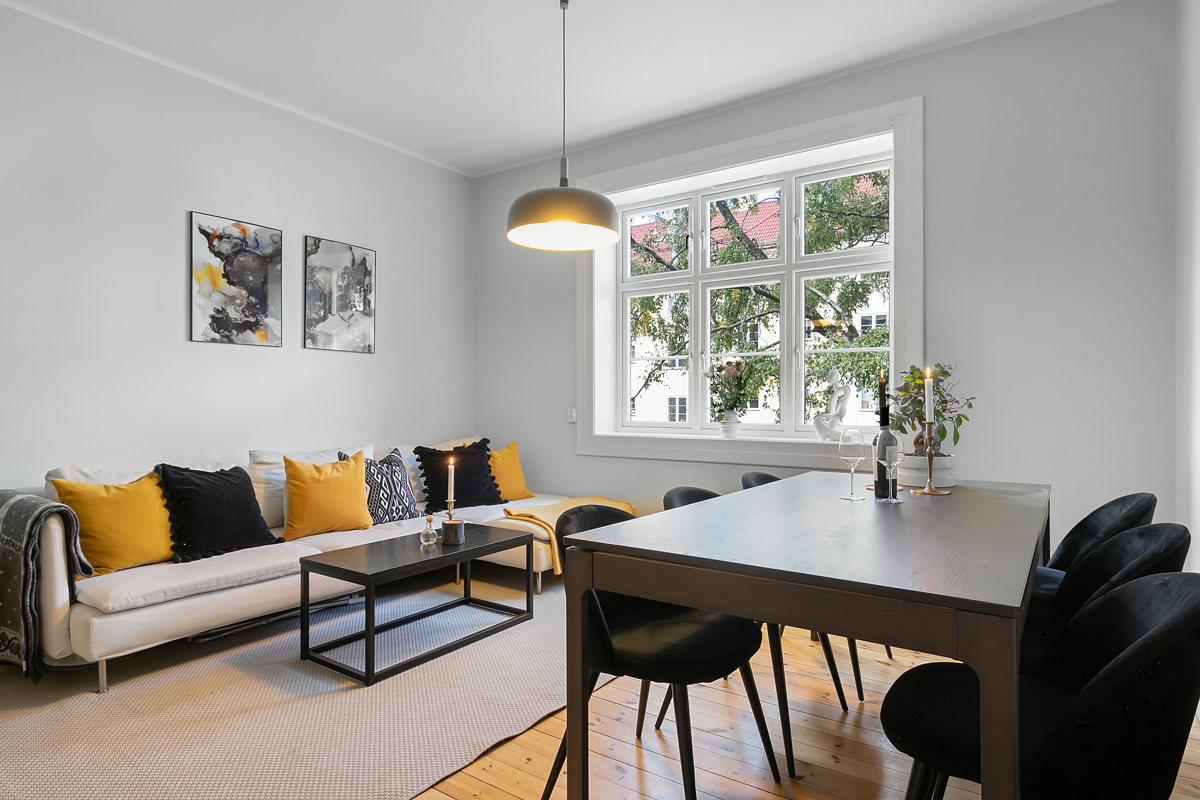 Thor Wæraas (483 65 707) ved Schala & Partners har gleden av å vise og presentere denne flotte leiligheten i Omsens gate 7!
