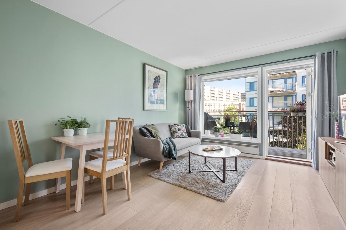 Torfinn Sørvang (977 59 812) ved Schala & Partners har gleden av å presentere denne flotte leiligheten i Sinsenveien 7!